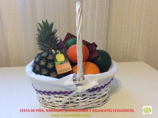 Cesta de Piña , Naranjas, Mandarinas, Aguacates Bio 5
